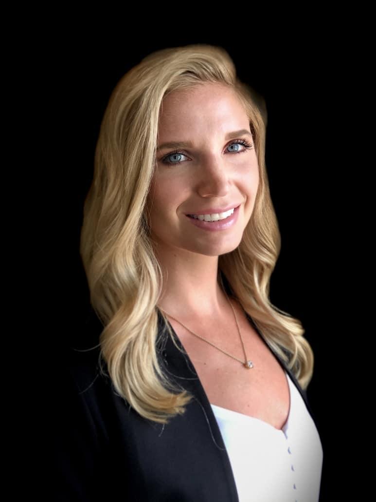 Photo of Chloe at Benefit Strategies Inc.
